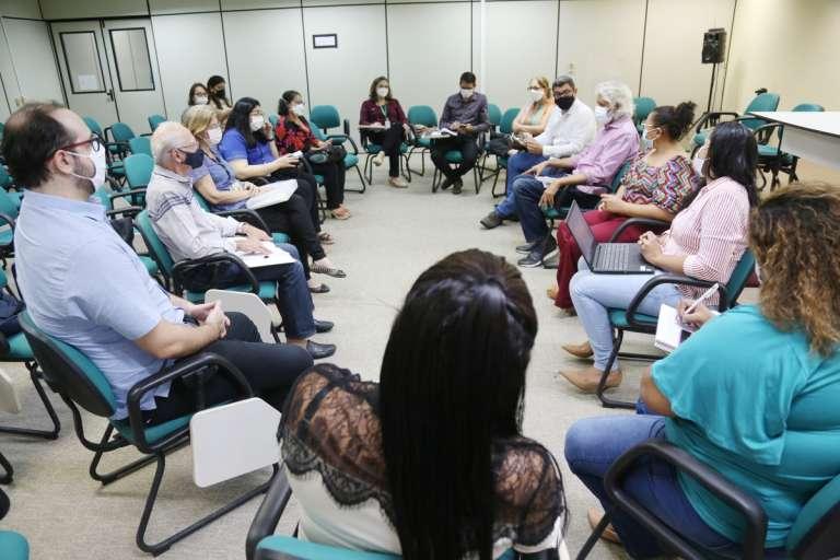 """Secitece cria grupo de trabalho para estudar a doença da """"Urina preta"""""""